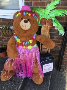 teddy dressed in tropical clothes