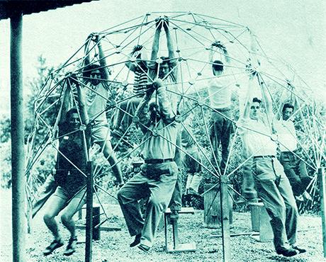 Kenneth Snelson, R. Buckminster Fuller's Dome, Demonstration of Strength, Black Mountain