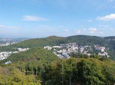 Blick vom Aussichtsturm auf das Kurviertel von Karlsbad
