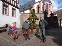 Der Osterbrunnen von Neckarsteinach