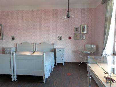 In dieser Wohnung wurde Schiele geboren - die Möbel sind leider nicht erhalten geblieben