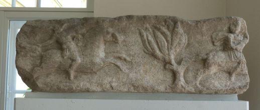 Jagdszene von einem Grabbau im Museum - bekanntes Motiv, dem Leben entrissen