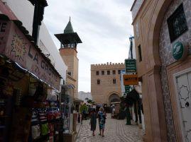 Shopping-Idylle in der fake Medina
