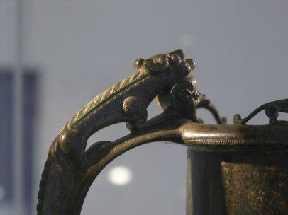 Detail der Schnabelkanne