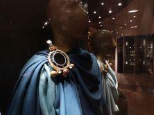 Gigantische Fibel aus dem Schatz von Szilágysomlyó im Nationalmuseum, vielleicht von einem Fürsten der Gepiden