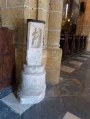 Venusaltar als Opferstock in der Kirche von Maria Saal