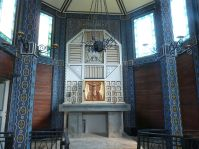 Jugendstil-Altar der Kirche