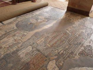 Pilgerkarte im Mosaik in der Georgskirche