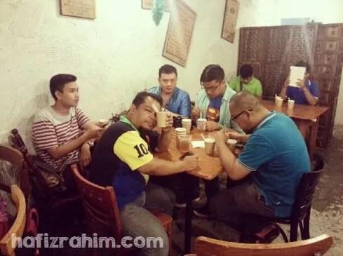 Blogger at Mukha Cafe