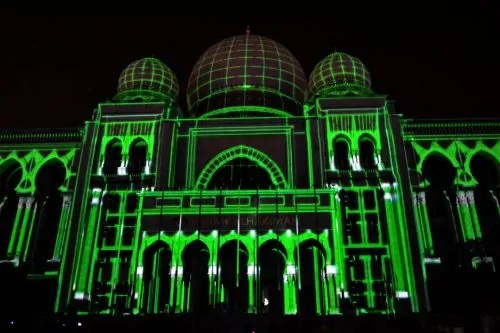 LAMPU Light Of Motion Putrajaya 2014-hijau tron