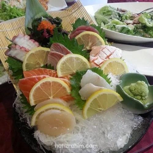 Momiji Sashimi by Inaho Sushi