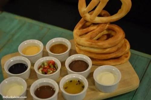 pretzel-tower