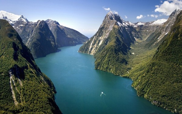 Milford-Sound-New-Zealand