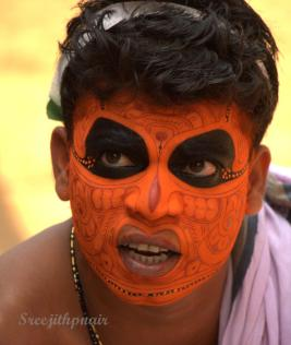 Theyyam4_rs