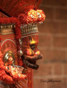 Theyyam5_rs