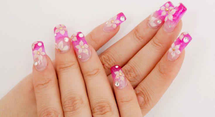 Nail art Sakura di Jepang