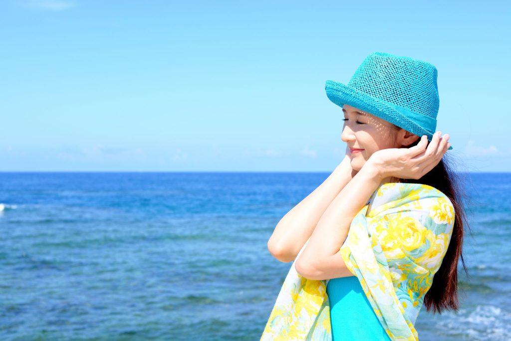 Tips agar tetap cantik saat musim panas