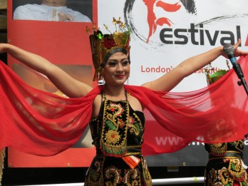 Lila Bhawa (Indonesian Dance)