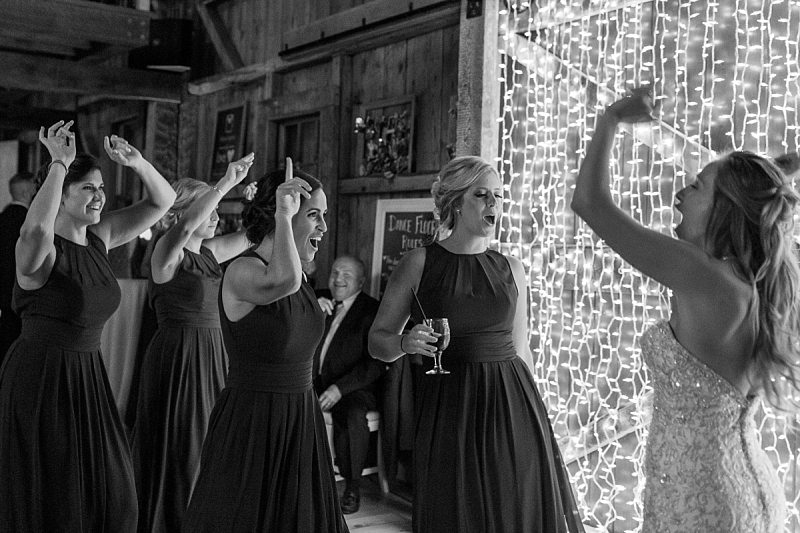 the-barn-at-flanagan-farm-maine-wedding-photographer-0086