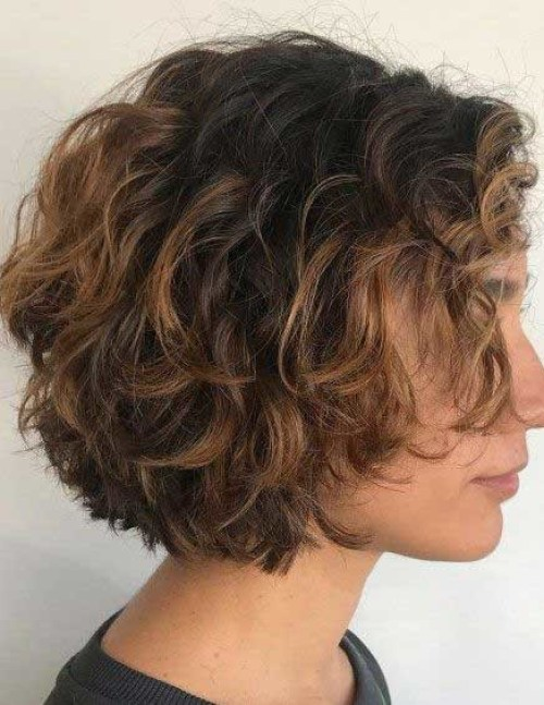 Short-Bob Best Short Wedge Haircuts for Chic Women