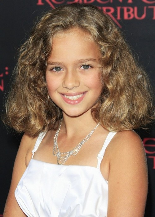 Ash Blonde Kid Girl Hair Colar And Cut Style