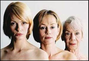 aging-causes-of-hair-loss-women