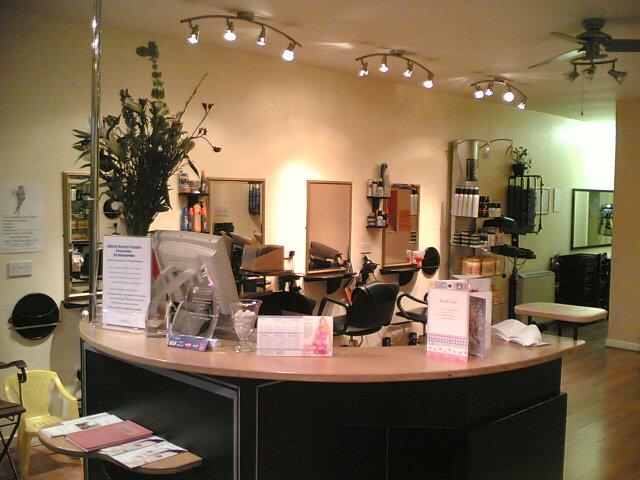 Hairporium Unisex Hair And Beauty Salon