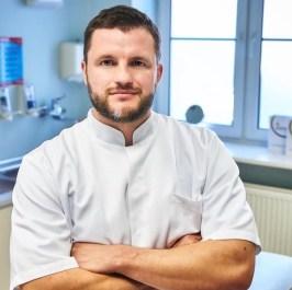 Dr Lukasz Banasiak plastic surgeon hair transplant specialist Poland