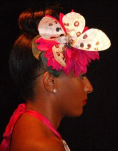 Fascinator by Sofistafunk too!