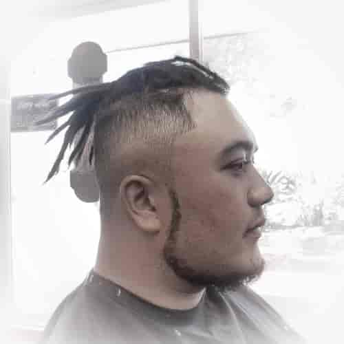 FADE WITH DREAD + S SHAPED CHIN STRAP BEARD WITHOUT MUSTACHE