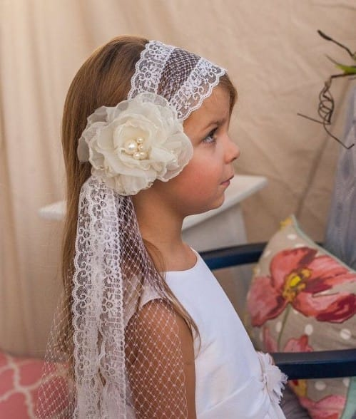 2 Minutes Hairstyle For First Holy Communion
