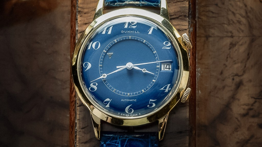 Dunhill-Jaeger-Lecoultre-Memovox-18K-Yellow-Gold