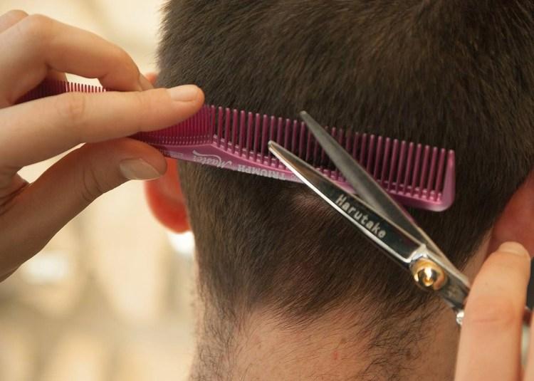 百元剪髮技術差?淺談美髮業破壞性行銷