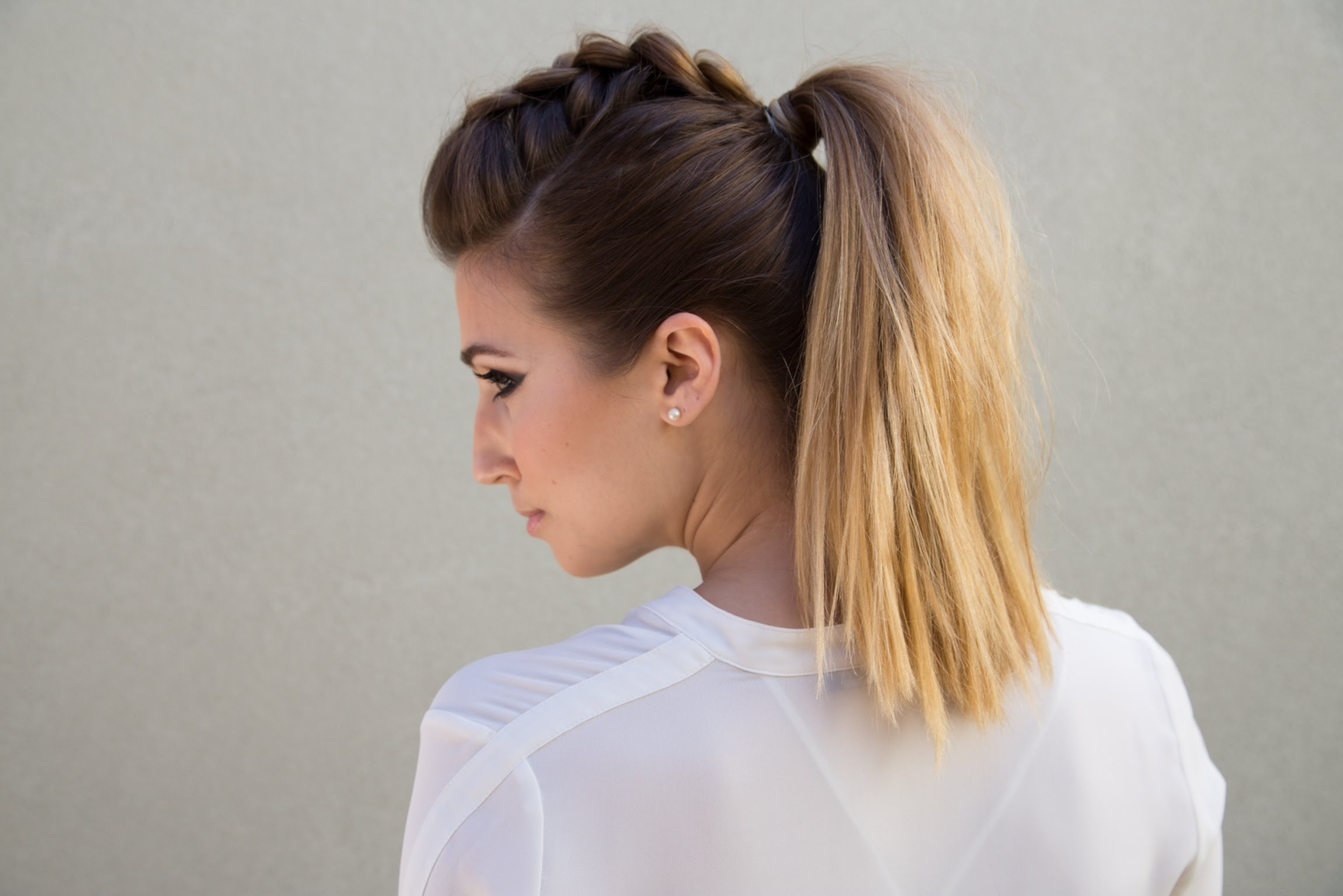 35 Easy Updos Youll Love To Try Easy Updo Ideas