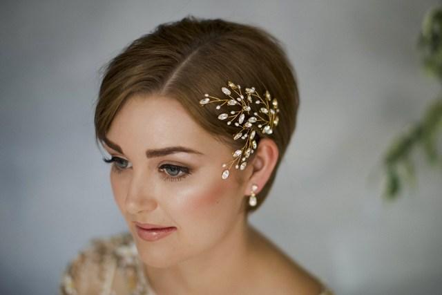 35 modern romantic wedding hairstyles for short hair