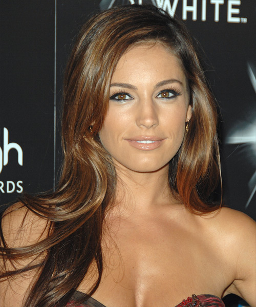 Kelly Brook Hairstyles Hair Cuts And Colors