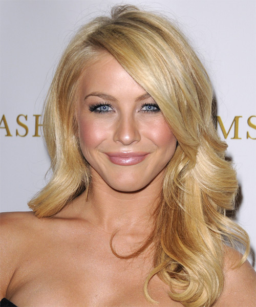 Julianne Hough Long Wavy Formal Hairstyle With Side Swept