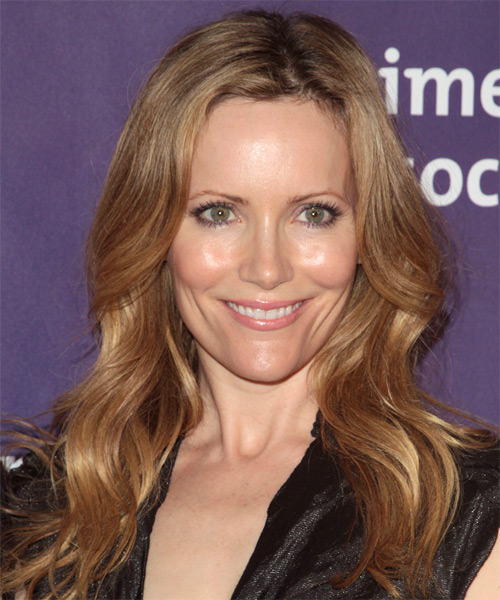 Leslie Mann Casual Long Wavy Hairstyle Light Golden