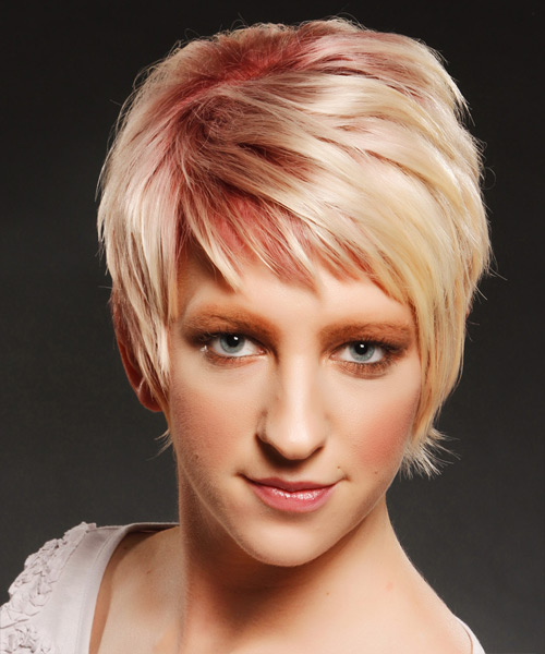 Short Straight Casual Hairstyle With Side Swept Bangs