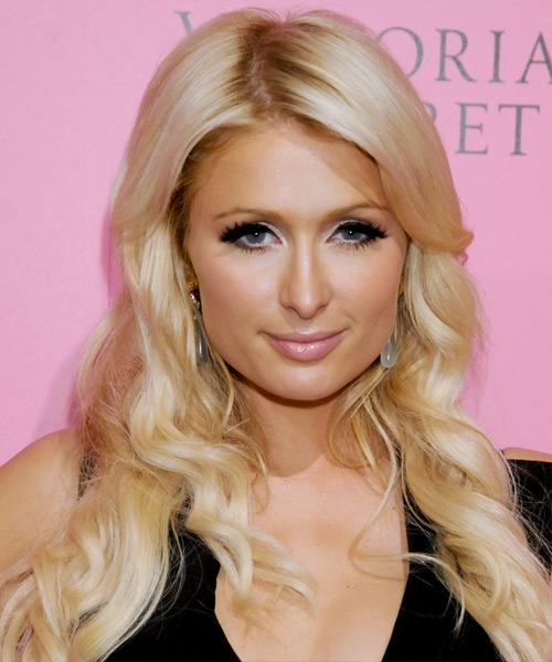 Paris Hilton Long Wavy Casual Hairstyle Light Honey
