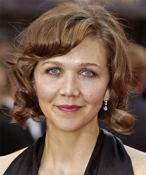 Maggie Gyllenhaal Medium Wavy Casual Hairstyle