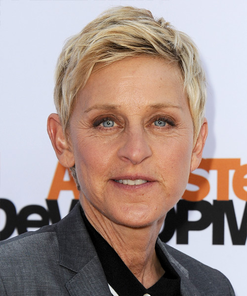 Ellen DeGeneres Short Straight Casual Hairstyle Light