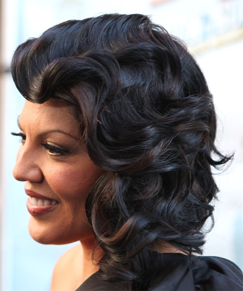 Sara Ramirez Medium Wavy Formal Hairstyle With Side Swept