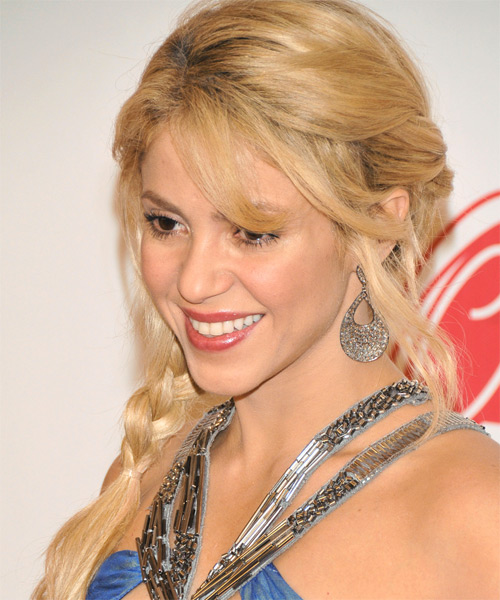 Shakira Long Curly Casual Half Up Hairstyle With Side