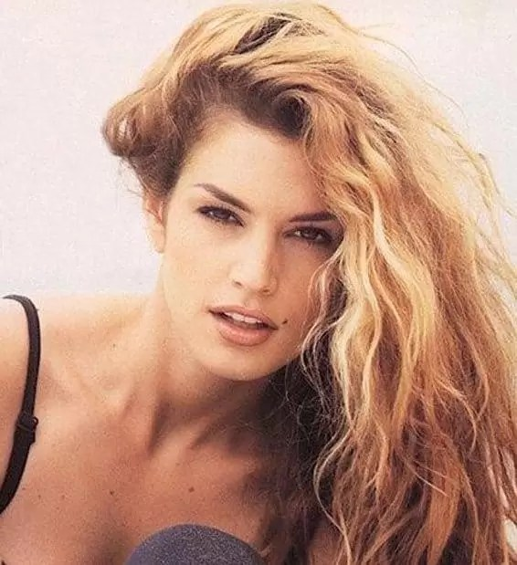 List of 33 Most Popular 80 s Hairstyles for Women  Updated  Yes  the sexiest among all the hairstyle  The huge wavey locks with a  bikini is a perfect combo for a sunny weather