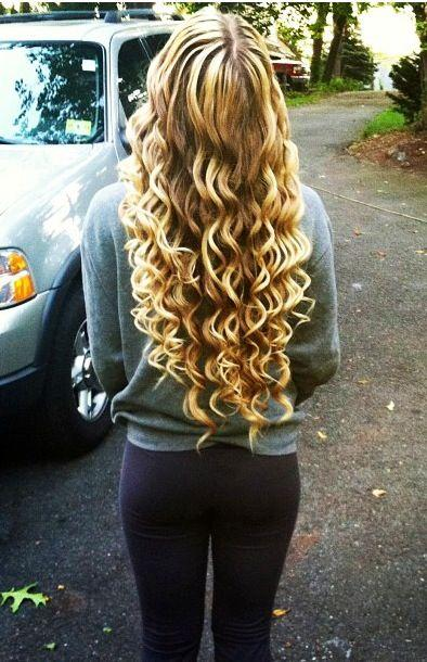 Blone Wand Curls Hairstyles How To