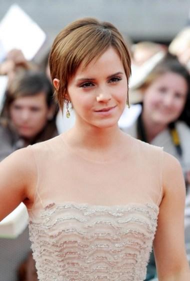 Emma Watson pixie haircut 2012