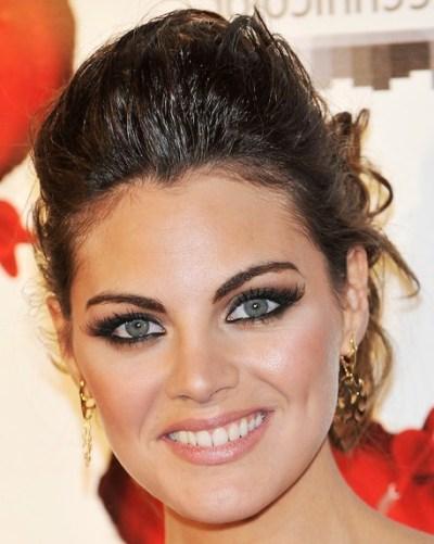 Amaia Salamanca Pompadour Hair style