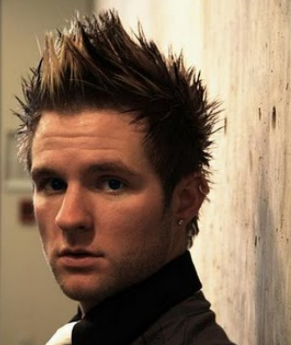 2013 Short Haircut for Men: Faux Hawk Haircut