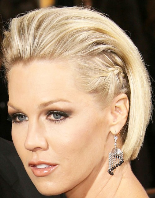 Celebrity Jennie Garth Sleek Fauxhawk Hairstyle